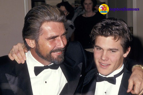 """""""Thanos"""" Josh Brolin Then and Now: The Past of a Playboy"""
