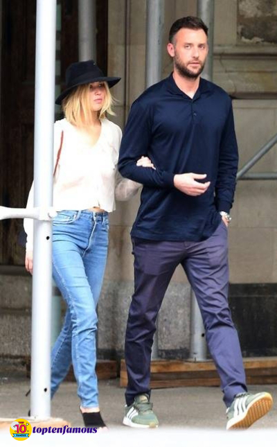 The Love Journey of Jennifer Lawrence and Her Husband Cooke Maroney