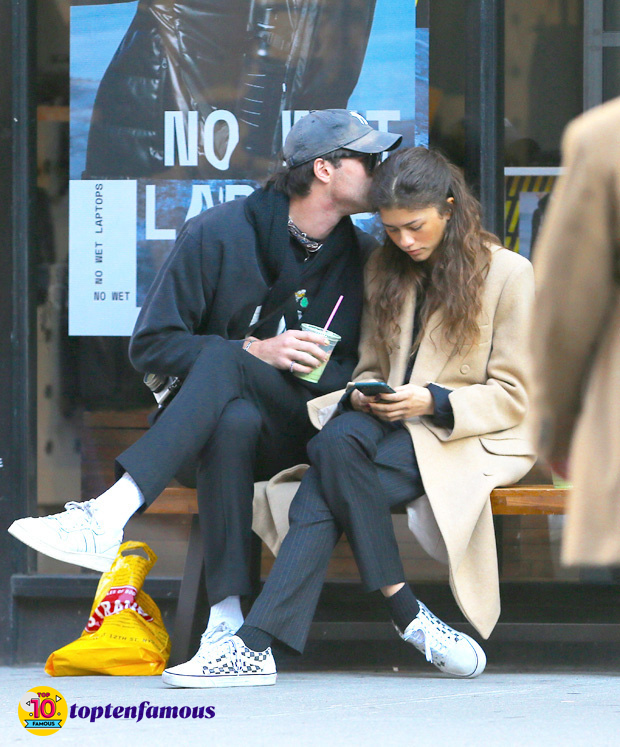 Zendaya Rejecting the Rumor of Dating with Tom Holland by Publishing Her Real Relationship