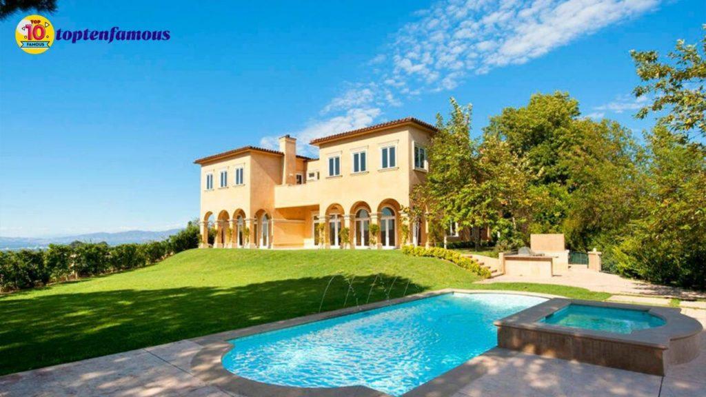 Mariah Carey net worth - villa